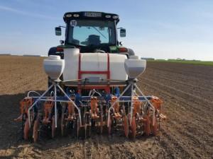 3-in-1 ... Effizienz im landwirtschaftlichen Ackerbau. Foto: Weidenhiller